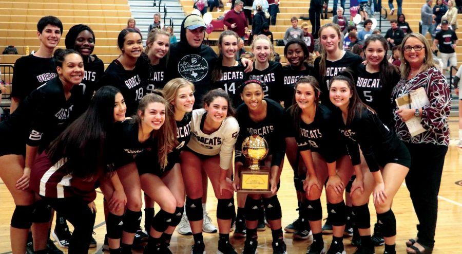 Cy-Fair+volleyball+set+itself+up+for+another+playoff+run