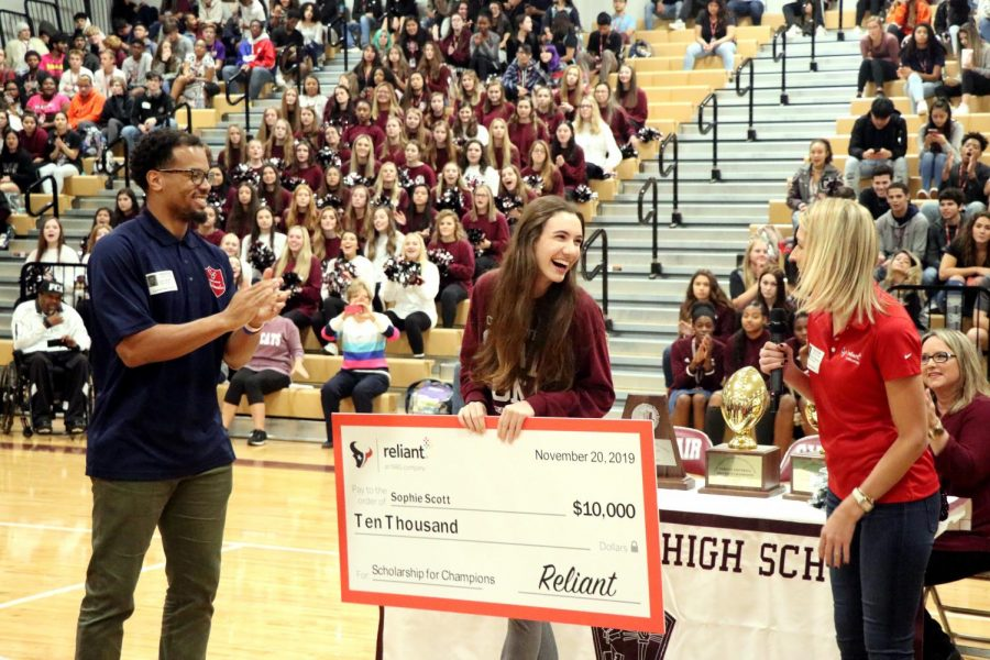Cy-Fair HS senior awarded $10,000 scholarship from Reliant Energy