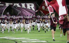 Navigation to Story: Varsity Football Playoff